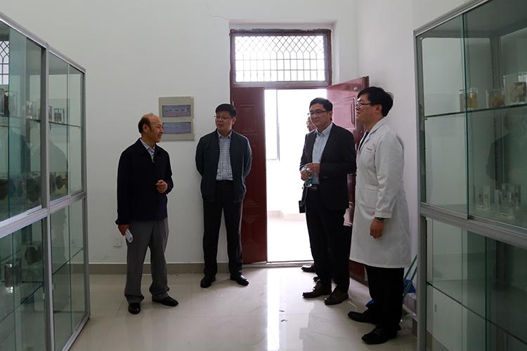 山东大学齐鲁医学部贾继辉教授来我院访问图片